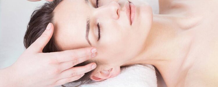 Il Massaggio aiuta L'insonnia